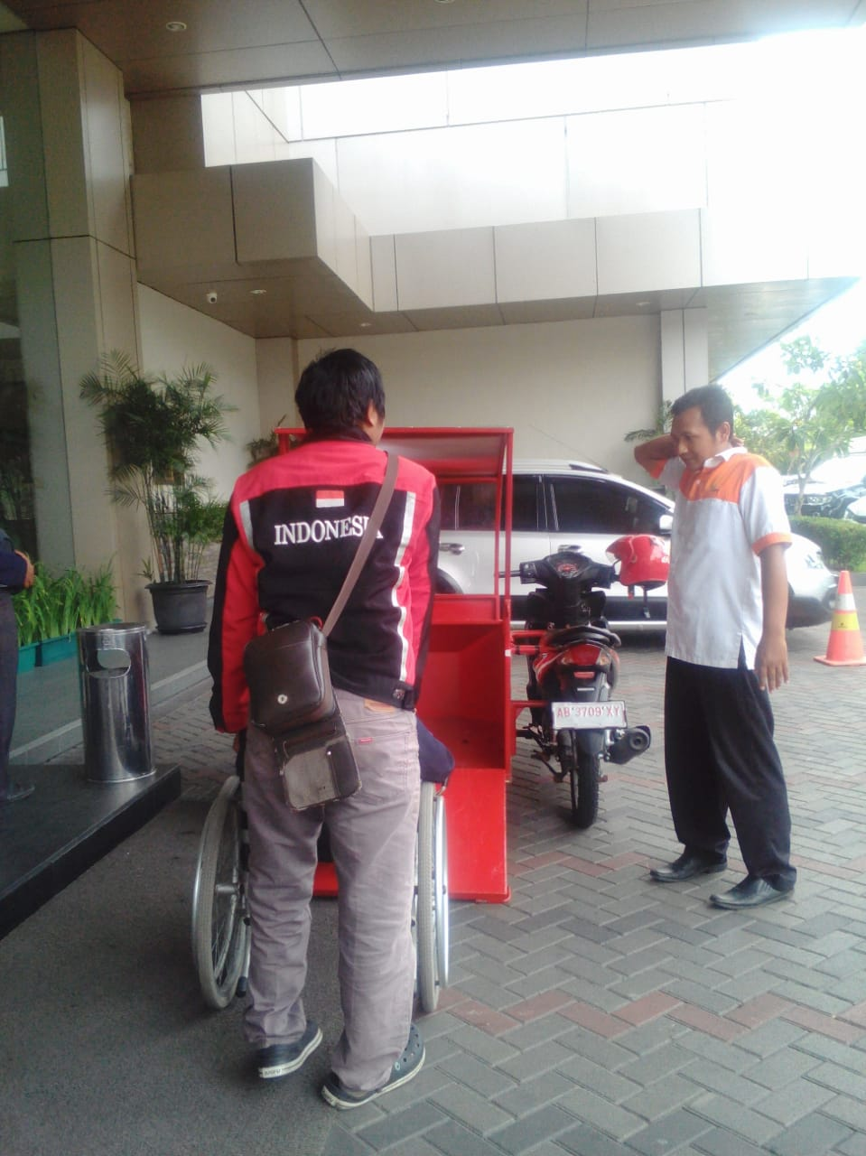 Penyandang Disabilitas yang Bikin Layanan Ojek untuk Kalangan Difabel